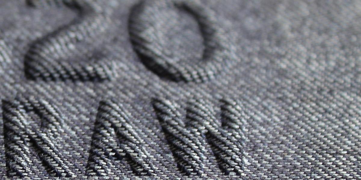 28 stampa rilievo al silicone